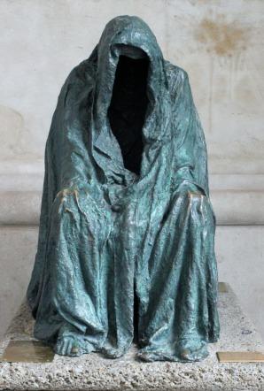 robed man statute